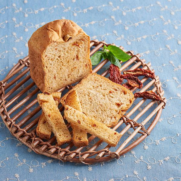 ドライトマトとハーブミックスのパン
