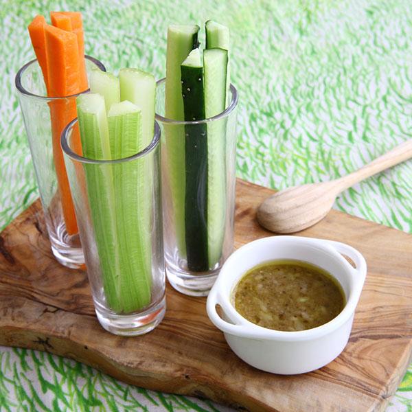 野菜スティック糀甘酒バーニャカウダ