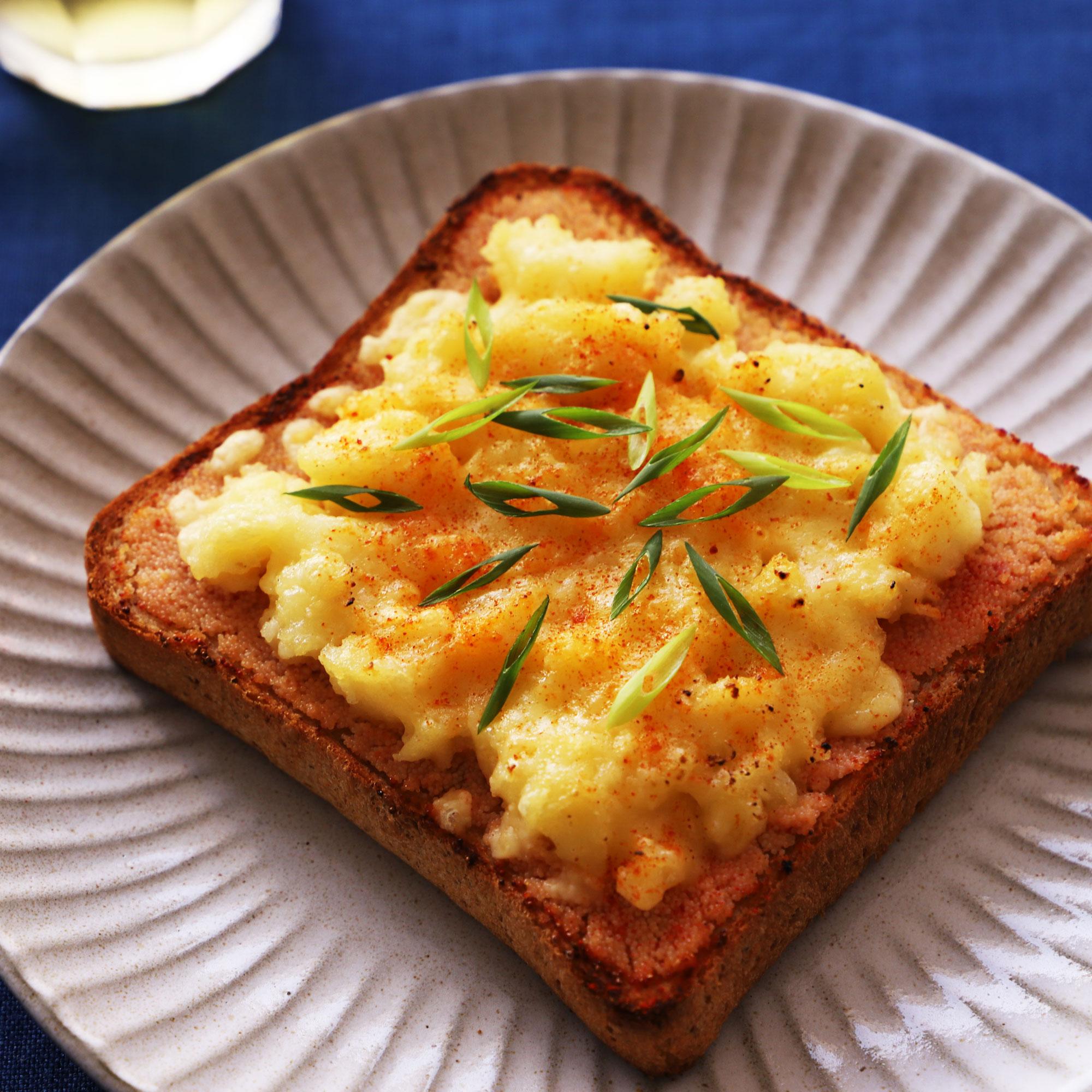 悪魔のメンタポテトチーズバタートースト